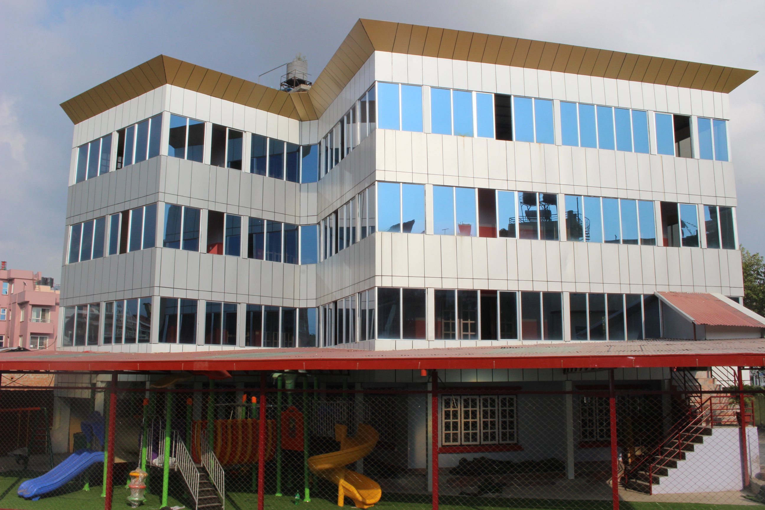 Adhyayan school building